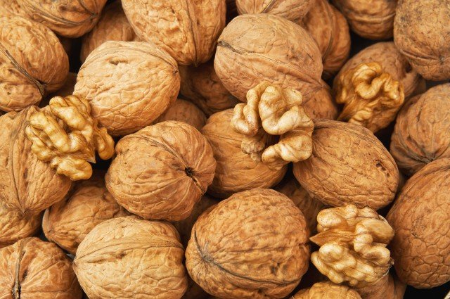 Categories of walnuts or we choose kernels of walnuts